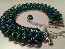 Blue and Green Kingsmaille Bracelet by wirewear
