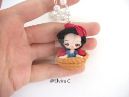 Snow White necklace by elvira-creations