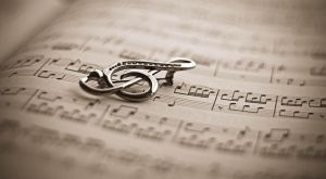 Treble Clef by margaretaseewald