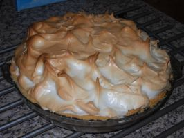 Orange Meringue Pie by Bisected8