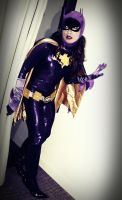 Batgirl Cosplay Photo Story Chapter 4- Sneaking in by ozbattlechick