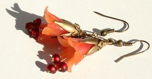 Red Bellflower Earring by Sturmdaemonin