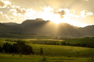 Drakensberg sunset by H6RM
