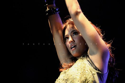 Agnes Monica 01 by iknowuneedme