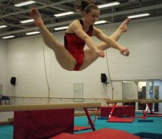 Straddle Jump by Michelle-xD