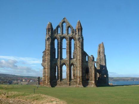 End view of Whitby Abbey by Panselinos