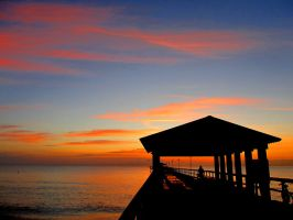Fort Lauderdale Pier by vfrrich