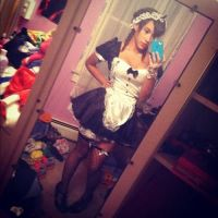 French Maid by oviedoxo