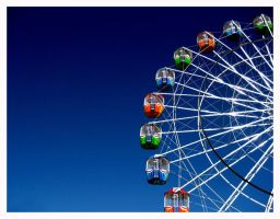 Ferris Wheel 2 by reynese