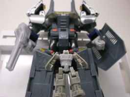 FORTRESS MAXIMUS TRANSFORM AND DEFEND AUTOBOT CITY by forever-at-peace