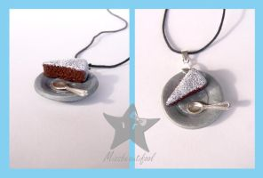 Cocoa Cake Necklace by missbeautifool