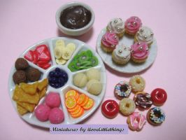 Miniature Chocolate Fondue by ilovelittlethings
