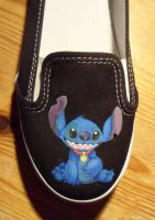 Disney's Stitch Van by aBal0rio