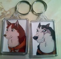 Steele and Jenna keyrings by Velvet-Loz