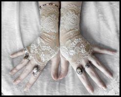 Giselle Lace Fingerless Gloves by ZenAndCoffee