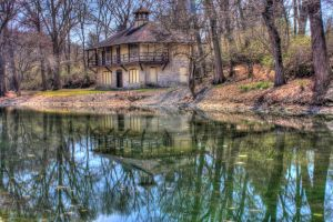 House By The Lake by Elva-Luthien
