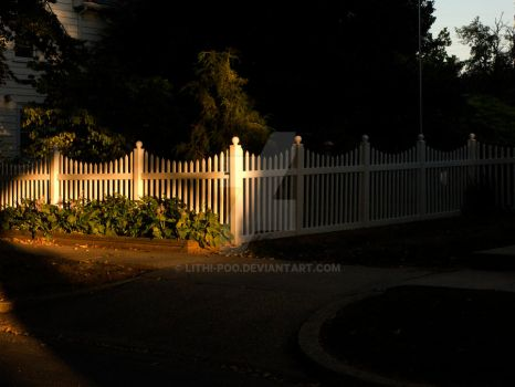 Picket Fence by lithi-poo