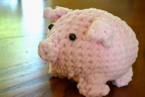 Pig Plush by YoungFryOfTreachery
