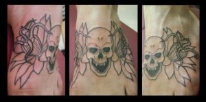 Skull and Flower Foot Piece by Shipht