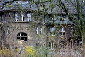 Old children's hospital by baZti