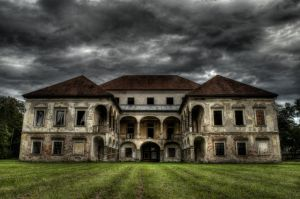 Abandoned mansion by Victim4