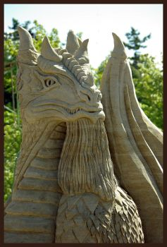 Storybook Dragon by sculptin