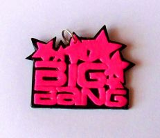 BIG BANG PENDANT by PAPIPI