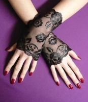 Another lace gloves by Estylissimo