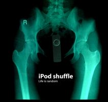 iPod Shuffle by crazySmiley