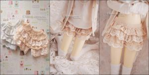 FS: Lace Frilly Bloomers (Antique Cream) by kuroi-carousel