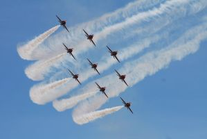 Red Arrows - II by Relayer2112