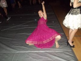 ME DANCING AT  LAST YEARS HOMECOMING LOL by clawdeena12
