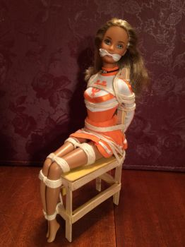 UT Cheerleader (Uniform Tied) by angelstied