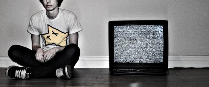 Don't watch the tv by Jimmy-Darko