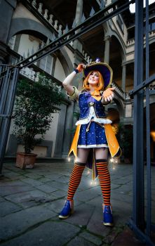 Trick or Treat? by Tanpopo89