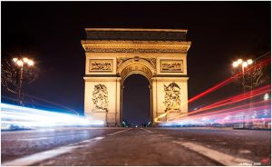 Lights at Arc De Triomphe by neoxavier