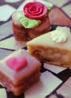 Petit Fours by DarkPati