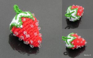 Amigurumi - Strawberry by Marlou-Chan