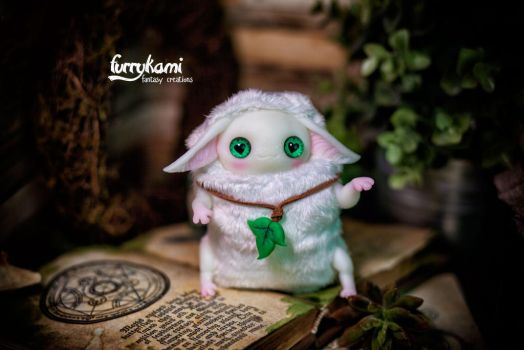 Custom made Albino by Furrykami-creatures