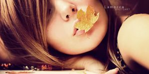 autumn goodbye kiss by Lamocca-photoart