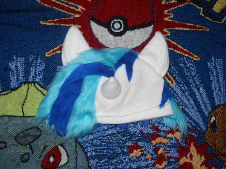 MLP Vinyl Scratch hat by Xeerinare