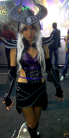 League of Legends - Syndra cosplay by Lynus-the-Porcupine