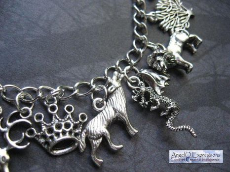 Newest Game of Thrones/ASOIAF Charm Bracelet by SpellsNSpooks