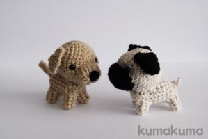 Amigurumi dogs by kumakumashop