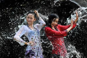 Splashing Fun - 2 by SAMLIM