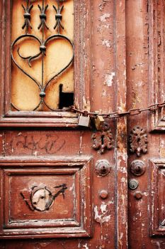 Chained Heart by Garelito-Photos