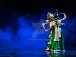 Bhisma dancing by comebeing