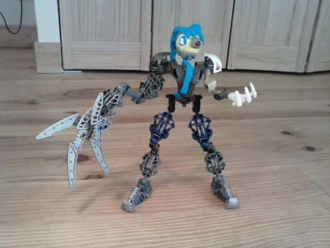 Bionicle MOC-Calne ca (Remake) by creeperaptor40
