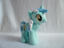 Lyra Heartstrings Plushie by navkaze