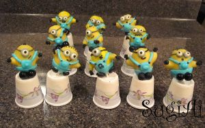 Minion Cake Pops by SugiAi